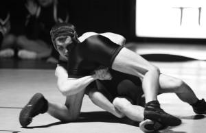 Sam Dagit wrestling